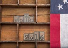 Voto 2016 con la bandiera americana Fotografie Stock Libere da Diritti