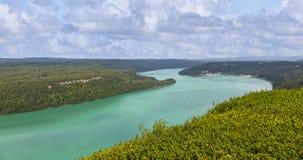 Vouglans sjö - Jura, Frankrike Fotografering för Bildbyråer