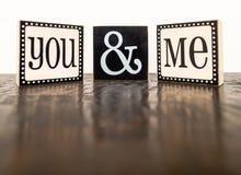 Vous et moi sur le dessus de table chiné Image libre de droits