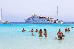 Voutoumi海滩Antipaxos海岛的希腊游人 免版税库存照片