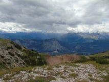 Voyage étonnant de montagne avec des amis Photo libre de droits