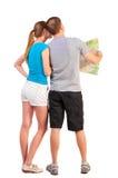 Voyage arrière de vue des jeunes couples regardant le mA Images stock