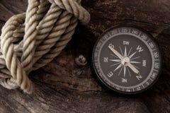 Voyage d'aventure de boussole photographie stock
