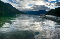 Voyage dans le fjord norvégien Photos libres de droits