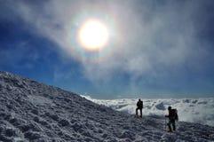 Voyage dans les montagnes Photos stock