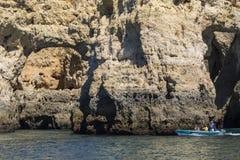 Voyage de bateau dans l'Algarve Image libre de droits