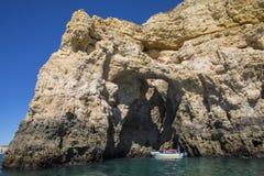 Voyage de bateau dans l'Algarve Photo libre de droits