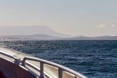 Voyage de bateau sur la mer de Tasman Photographie stock libre de droits