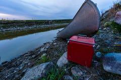 Voyage de canoë sur la rivière Images libres de droits