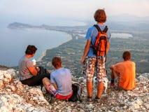 Voyage de montagne de famille image libre de droits