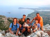 Voyage de montagne de famille photo stock