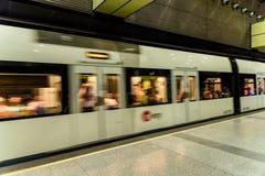 Voyage de personnes en le métro dans Valencia City du centre Photo stock