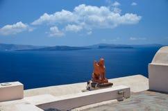 Voyage idyllique vers l'île de Santorini Images libres de droits