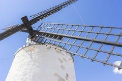 Voyage, moulins à vent de Consuegra à Toledo, Espagne Ils ont servi à Photographie stock libre de droits