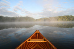 Voyage par Cedar Canoe Photo stock