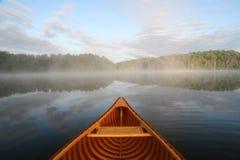 Voyage par Cedar Canoe photo stock