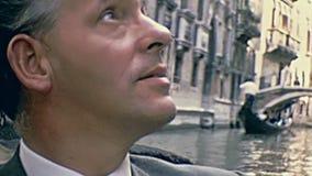 Voyage touristique de gondoles banque de vidéos