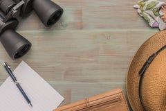 Voyage, vacances d'été, tourisme et concept d'objets - fin  Image libre de droits