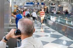 Voyageur d'aéroport images libres de droits