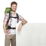 Voyageur d'homme avec l'affiche de panneau d'espace vide Image stock