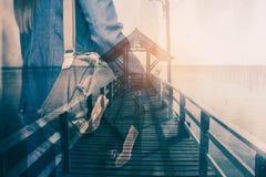 Voyageurs avec le visuel de l'art Photos libres de droits