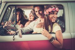 Voyageurs hippies multi-ethniques Photographie stock