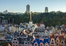 Vozdvizhenka-Auslesebezirk in Kiew, Ukraine Draufsicht über die Dächer der Gebäude Lizenzfreies Stockfoto