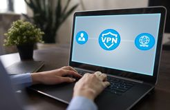 VPN Rede virtual privada Conexão cifrada segurança Utilização anônima do Internet imagem de stock