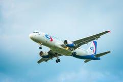 VQ-BDJ Ural Airlines Aerobus A320-214 Obraz Stock