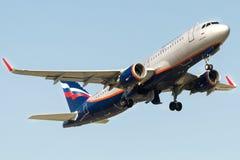 VQ-BRV Aeroflot, Airbus A320-214 Stockfotografie