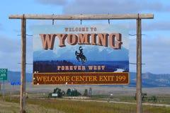 Vråla välkomnande 25 till Wyoming arkivfoton