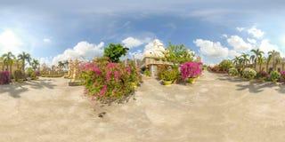 360VR av den Vinh Trang pagoden i Vietnam royaltyfria bilder