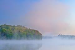 Vår Dawn Long Lake Royaltyfria Bilder
