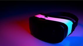VR nella stanza blu di luce rossa Fotografia Stock Libera da Diritti