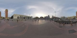 360 VR People and transport traffic on Plaza de Espana, Barcelona. BARCELONA, SPAIN - JULY 29, 2016: 360 VR video. Cars driving and people walking on Plaza de stock footage