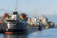 Vrachtschepen Heilige Petersburg Stock Foto