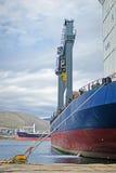 Vrachtschip bij het dok royalty-vrije stock afbeelding