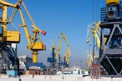 Vrachtschip in de haven Royalty-vrije Stock Afbeelding