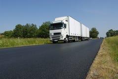 Vrachtvervoer in het platteland royalty-vrije stock foto's