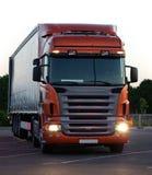 Vrachtwagen & aanhangwagen Stock Afbeeldingen