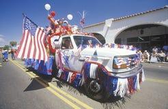 Vrachtwagen in 4 de Parade van Juli, Ojai, Californië Stock Afbeeldingen