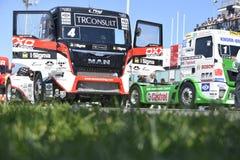 Vrachtwagen het rennen Stock Foto's