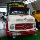 Vrachtwagen Mercedes-Benz L 710, 1963 Stock Afbeeldingen