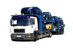 Vrachtwagen met auto's Royalty-vrije Stock Foto's