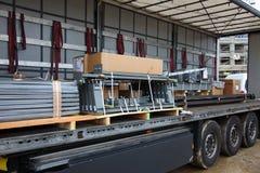 Vrachtwagen met lading Royalty-vrije Stock Afbeeldingen