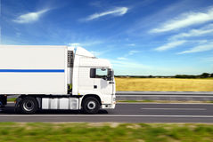 Vrachtwagen met vracht Royalty-vrije Stock Foto's