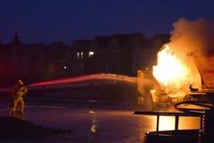 Vrachtwagen op brand, Markham, Cathedraltown Stock Afbeeldingen