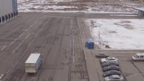 Vrachtwagen op de Weg stock videobeelden