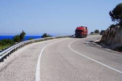 Vrachtwagen op een weg royalty-vrije stock fotografie