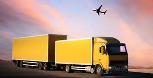 Vrachtwagen op land-weg royalty-vrije stock foto's